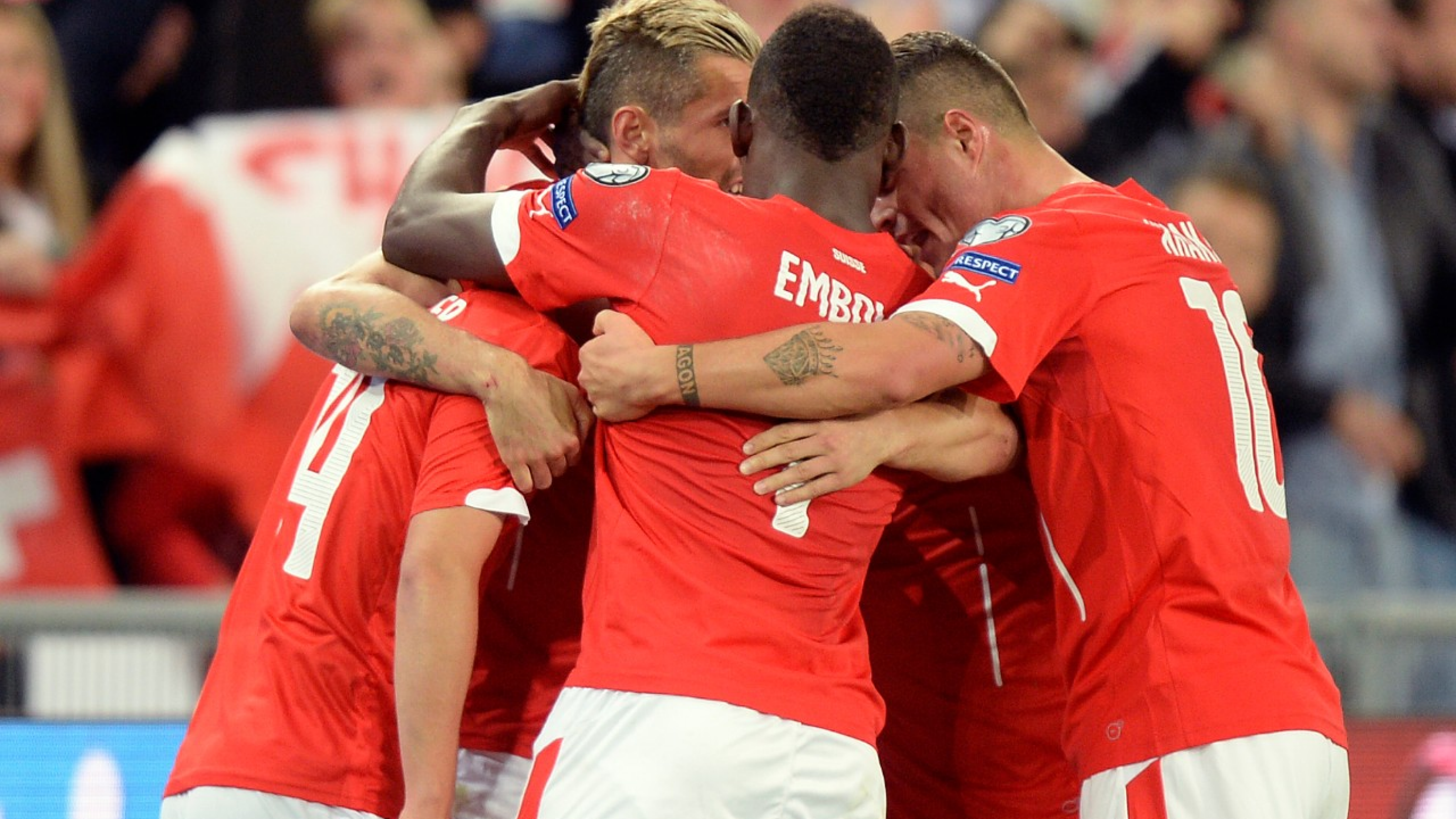 Swiss players celebrates after the first goal for Switzerland during the UEFA EURO 2016 qualifying soccer match Switzerland against Slovenia at the St. Jakob-Park stadium in Basel, Switzerland, Saturday, September 5, 2015. (KEYSTONE/Walter Bieri)
